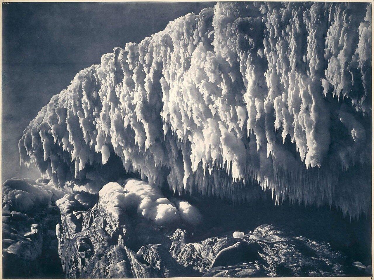 Ледяные навесы Земли Адели