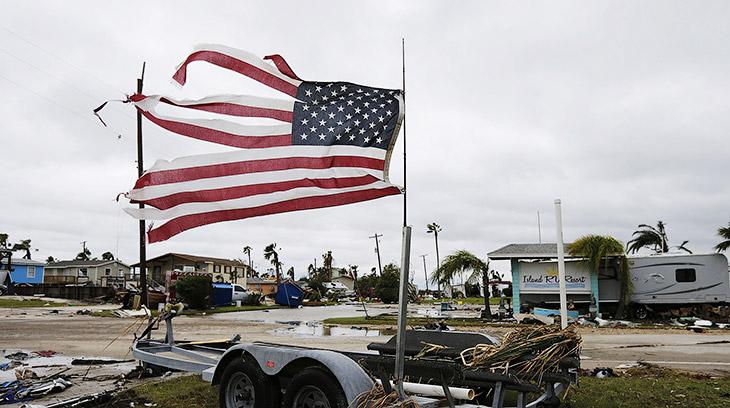 Самые дорогие ураганы в истории Америки (21 фото)