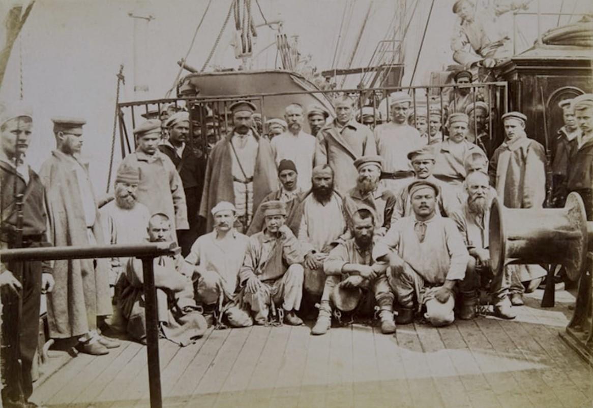 06. Арестанты на палубе