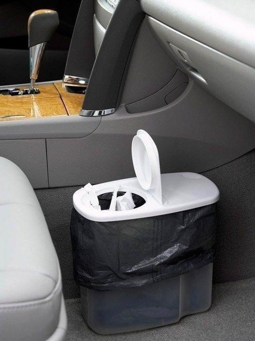 Советы для автовладельцев, которые позволят не превратить салон автомобиля в мусоросборник