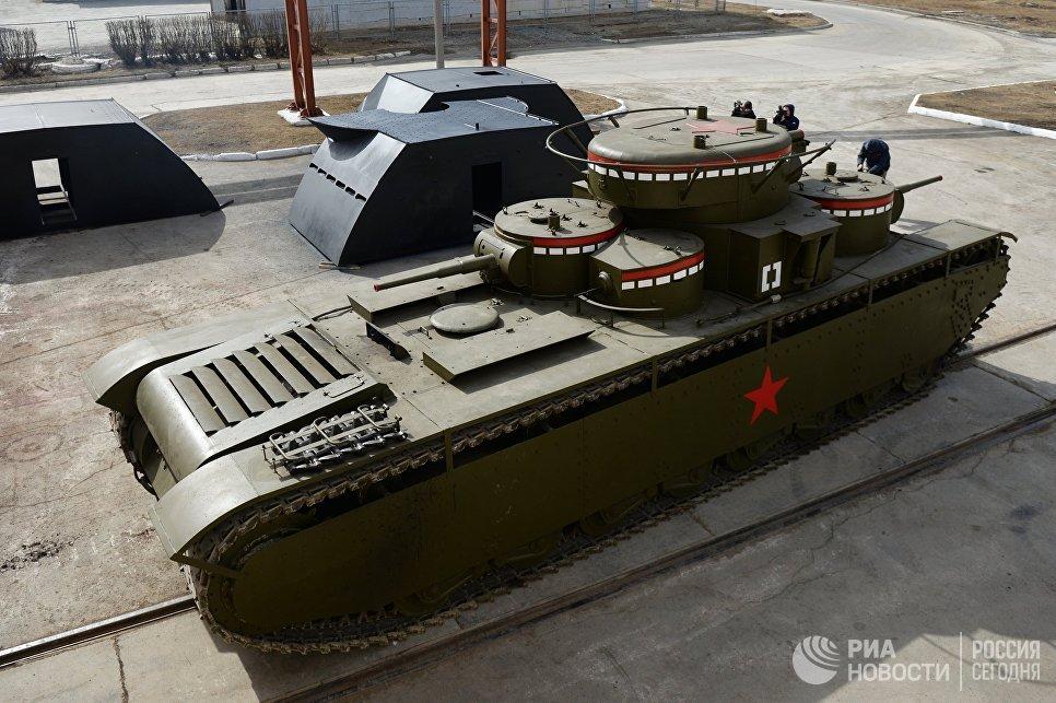 На Урале воссоздали уникальный пятибашенный танк Т-35