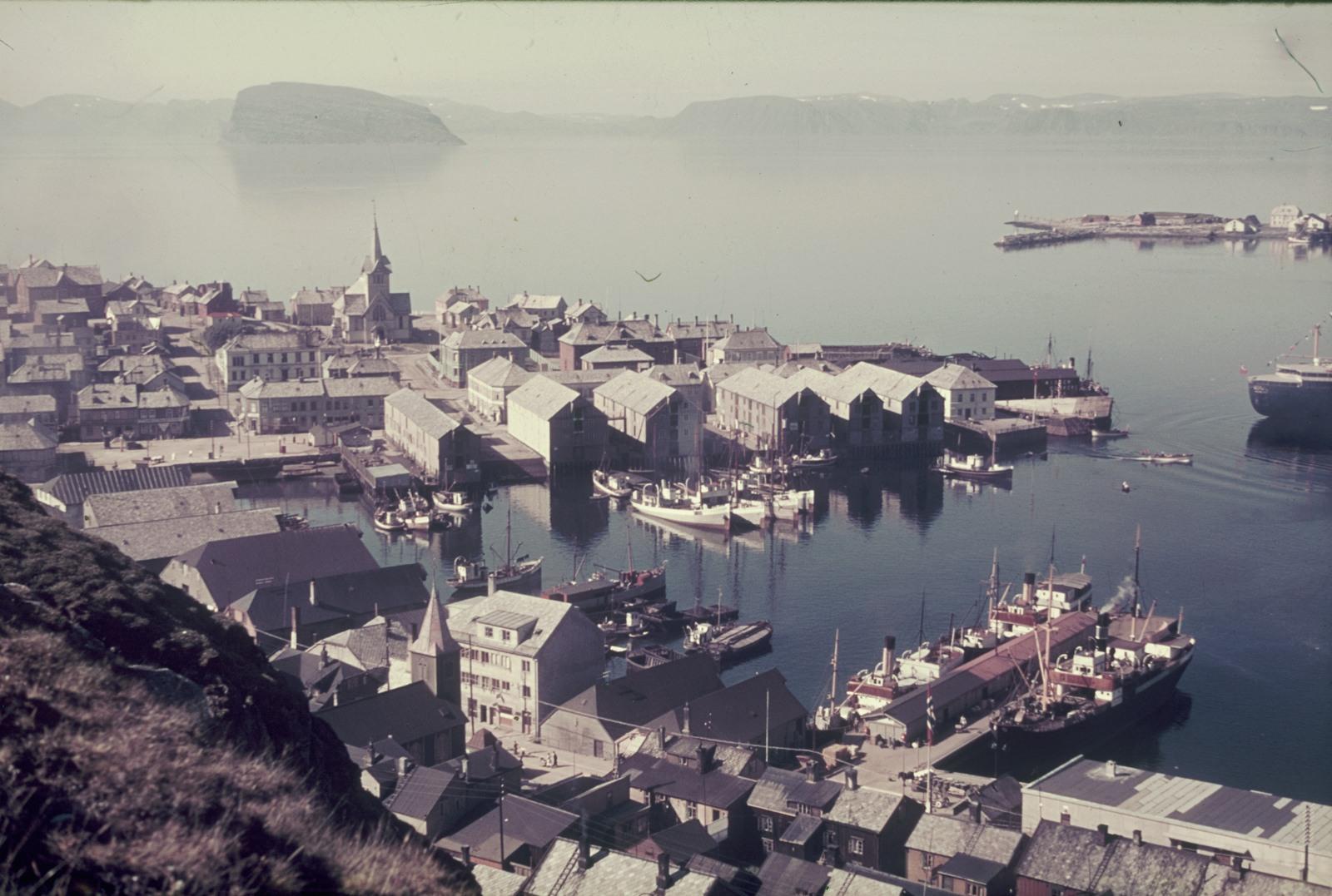 Хаммерфест. Вид на город и гавань