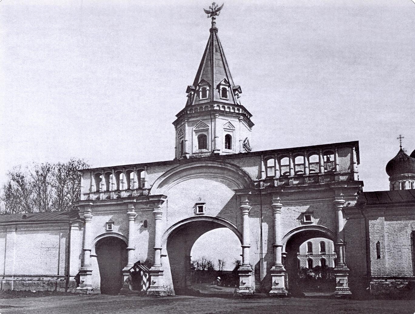 Измайлово. Передние (Восточные) ворота. Вид изнутри