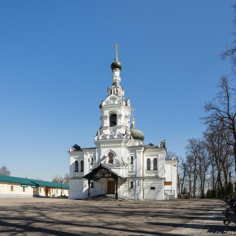 Храм Успения Пресвятой Богородицы в Троице-Лыкове