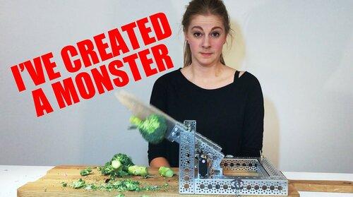 Симона Йертс изобрела робота для мытья головы