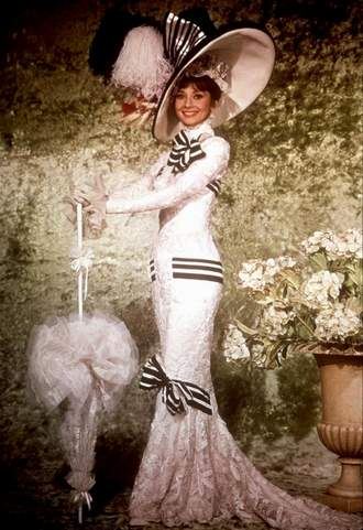 Audrey_Hepburn_dress_13.jpg