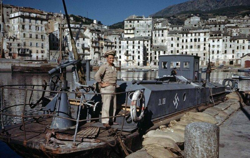 BASTIA - CORSICA & PORTOFERRAIO - ISLAND OF ELBE. 1944. Carl Mydans - LIFE