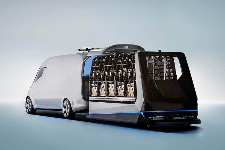 Mercedes-Benz Vision Van: почтовый электромобиль с дронами на крыше