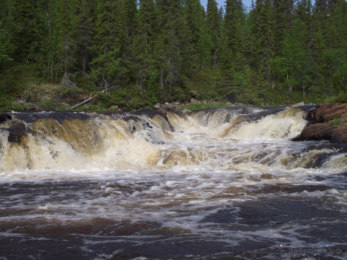 21.? Водопад на реке Серга, безымянный. К счастью, увидев его на карте и вспомнив приключения на Пад