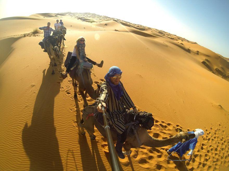 13 Ездили на верблюдах в Сахаре