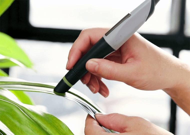 Поднесите один изконцов ручки Scribble Pen клюбому предмету, гаджет определит его цвет, имгновени
