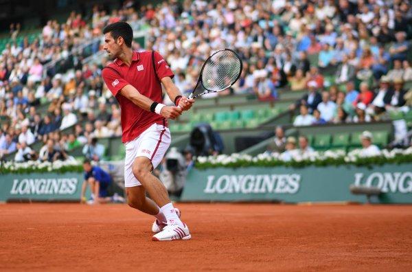 Джокович стал первым теннисистом, заработавшим неменее 100 млн призовых
