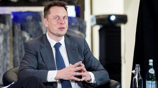 Маск объявил опланах SpaceX вернуть ступень сверхтяжелой ракеты