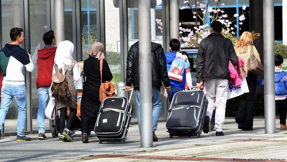 ФРГ предоставила статус беженцев турецким военнослежащим