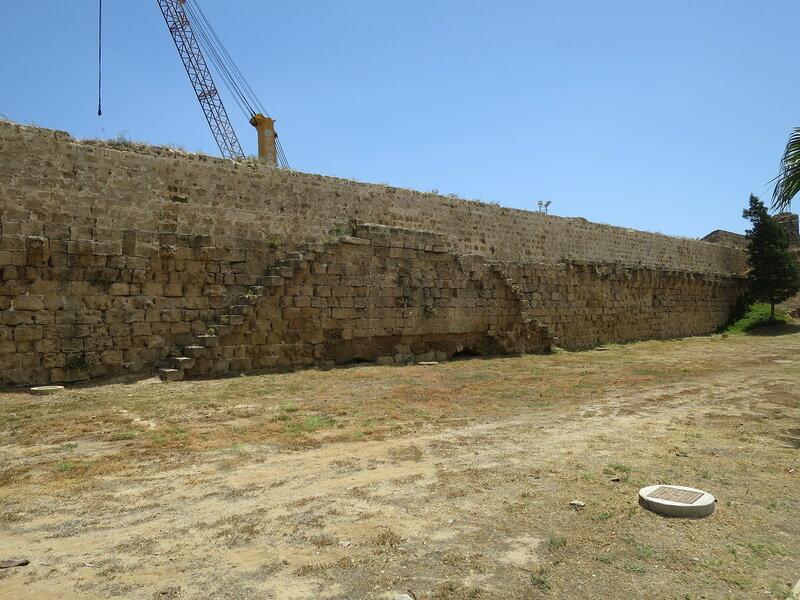 Фамагуста. Город. Стена от Морских ворот до Арсенальной башни 2