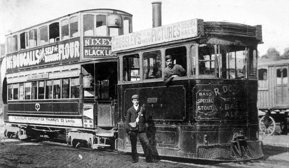 Английский паровой трамвай системы Грина образца 1887 года.jpg