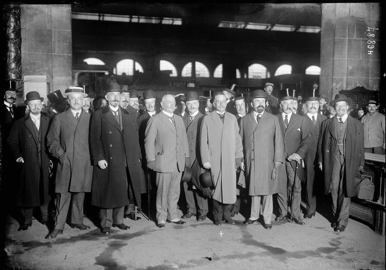 1916. 20 мая. Париж, Северный вокзал. Прибытие российских парламентариев