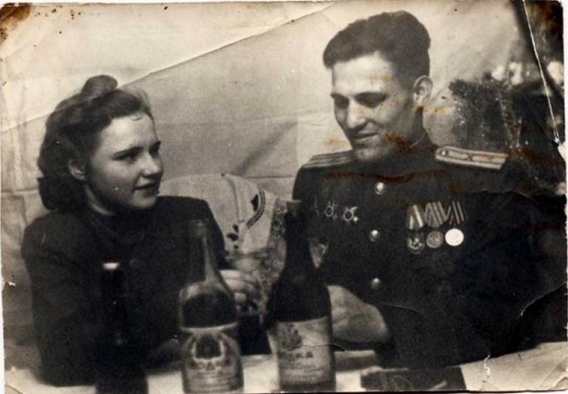 1940-е. Застолье в Калининграде