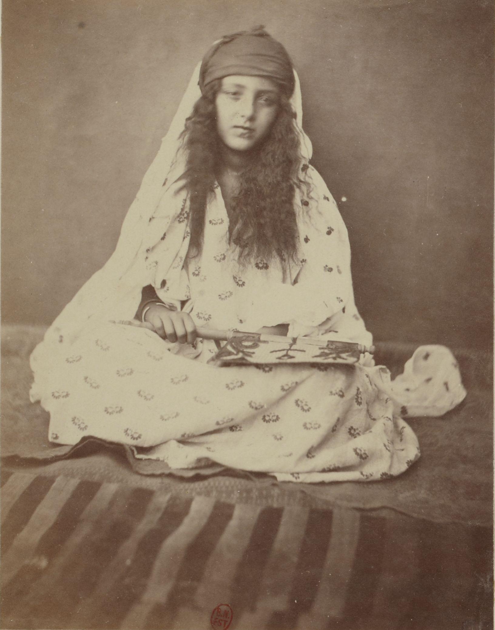 Бискра. Местная женщина