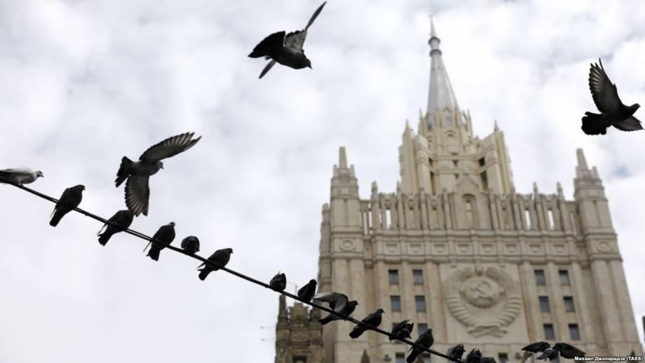 Россия о выдворении дипломатов: этот недружественный шаг не пройдет бесследно