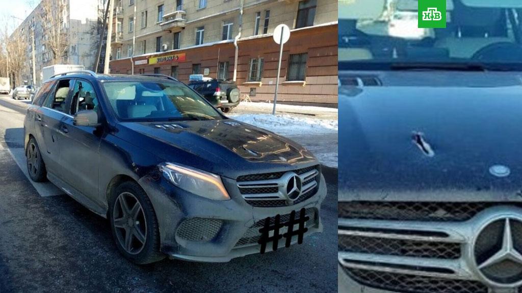 Наюге Петербурга сострельбой ограбили «Мерседес» бизнесмена