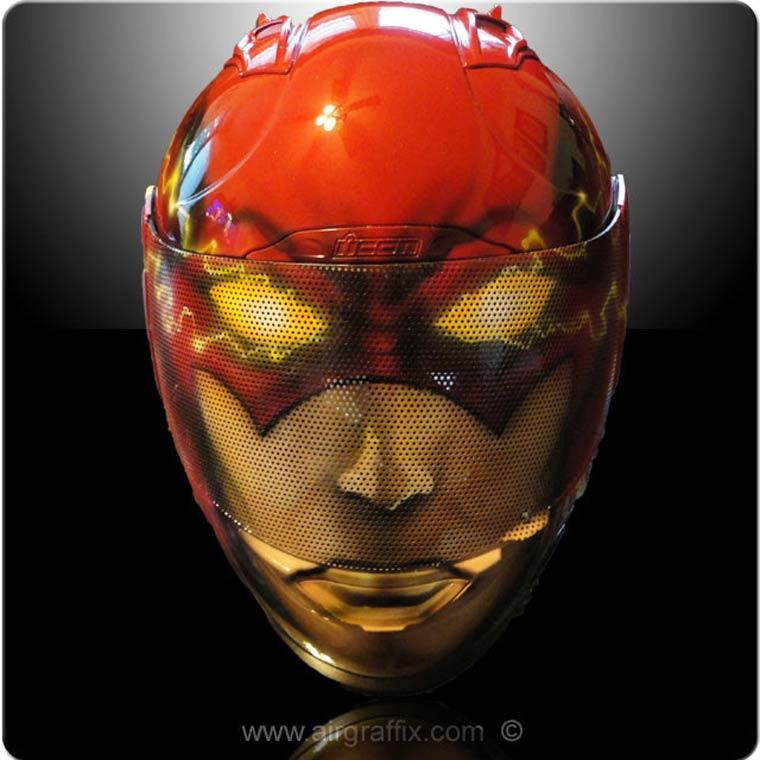 AirGraffix Superheroes – Some amazing customized motorcycle helmets
