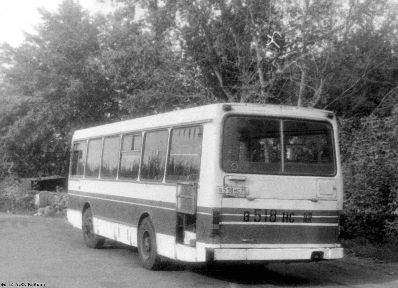 ЛАЗ-42021 2.jpg