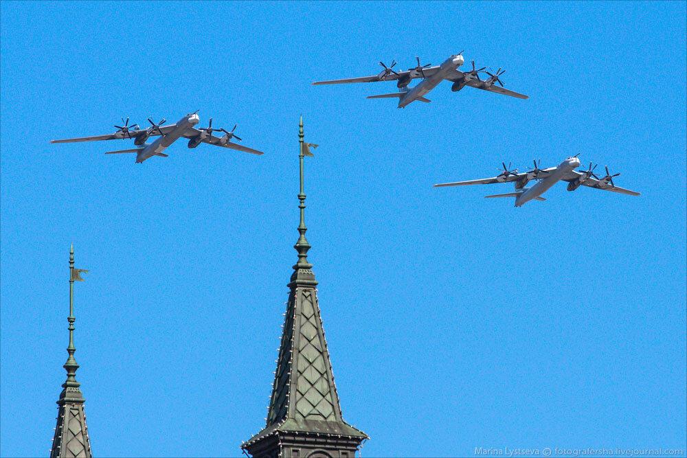 El desfile militar en la Plaza Roja de Moscú celebra la victoria sobre el nazismo 0_c2b9a_a829a058_XXXL