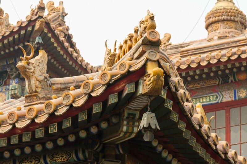 Деталь крыши, монастырь Юнхэгун, Пекин