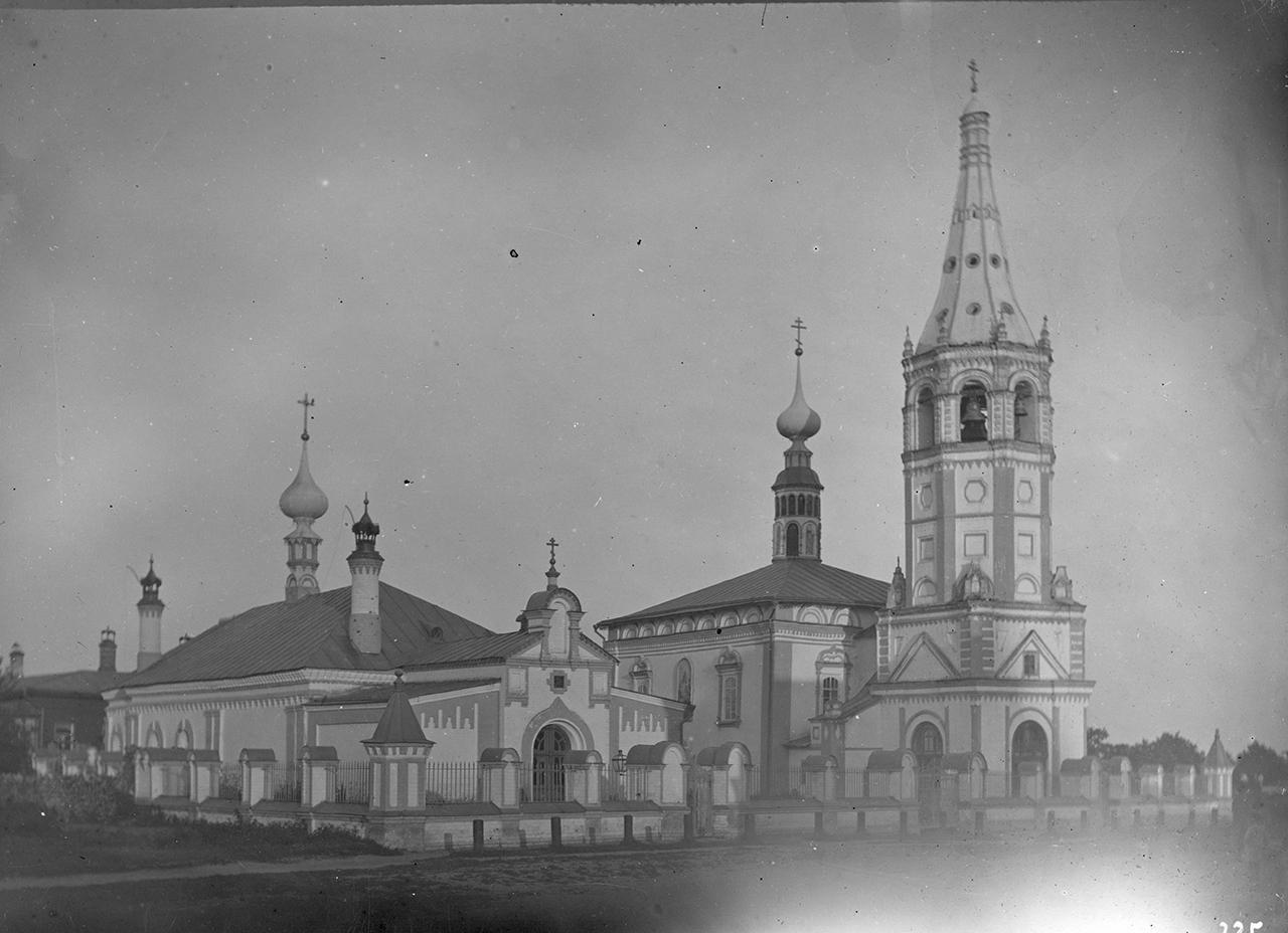 Кремль. Церковь Никольская зимняя, или Христорождественская, или Петропавловская