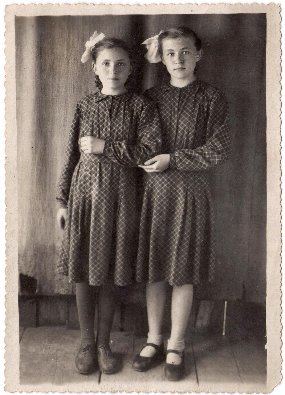 1950-1953. Сестры Нагибины