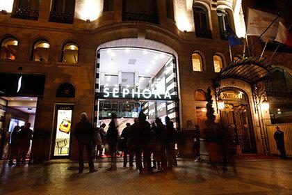 Во Франции ввели запрет на ночной шопинг