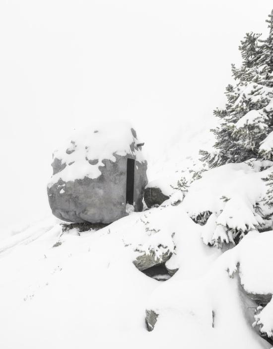 Необычный домик в Швейцарских Альпах