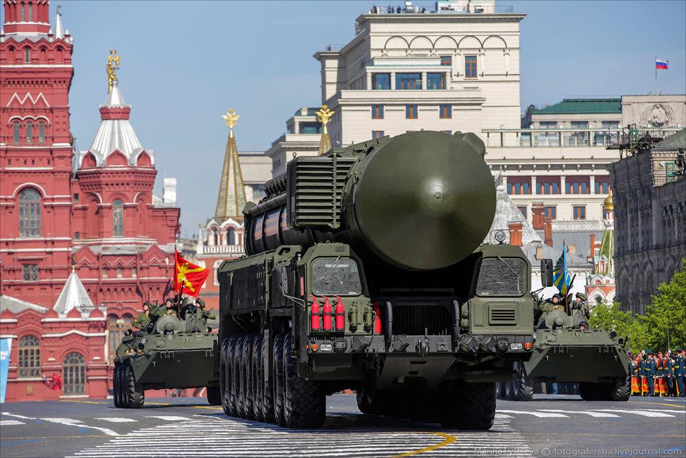 El desfile militar en la Plaza Roja de Moscú celebra la victoria sobre el nazismo 0_c2b95_3cbe70dd_XXXL