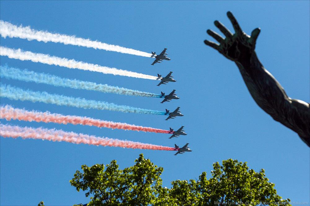 El desfile militar en la Plaza Roja de Moscú celebra la victoria sobre el nazismo 0_c2ba0_2262efe7_XXXL