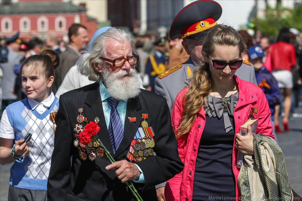 El desfile militar en la Plaza Roja de Moscú celebra la victoria sobre el nazismo 0_c2ba2_573e193_XXXL