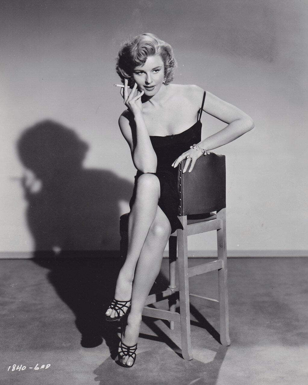 1952. Элейн Стюарт,