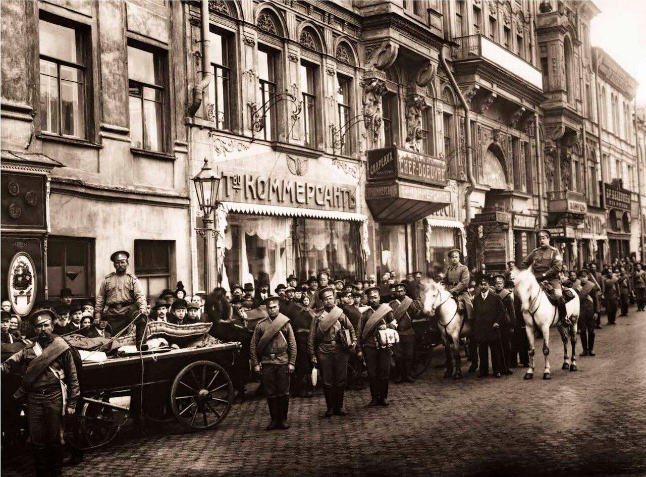 1915. Санитарный отряд Императорского Российского Пожарного Общества перед отправкой на фронт