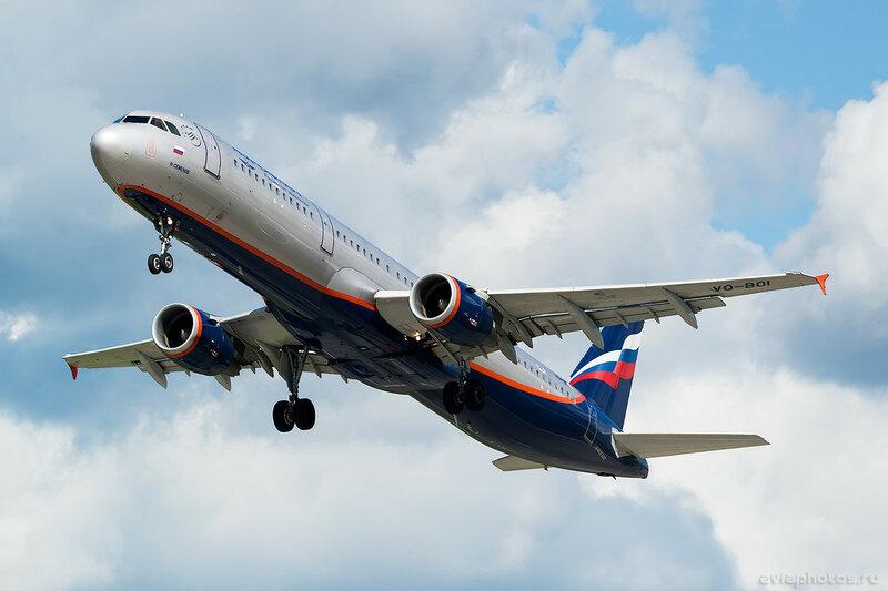 Airbus A321-211 (VQ-BOI) Аэрофлот 0580_D803422