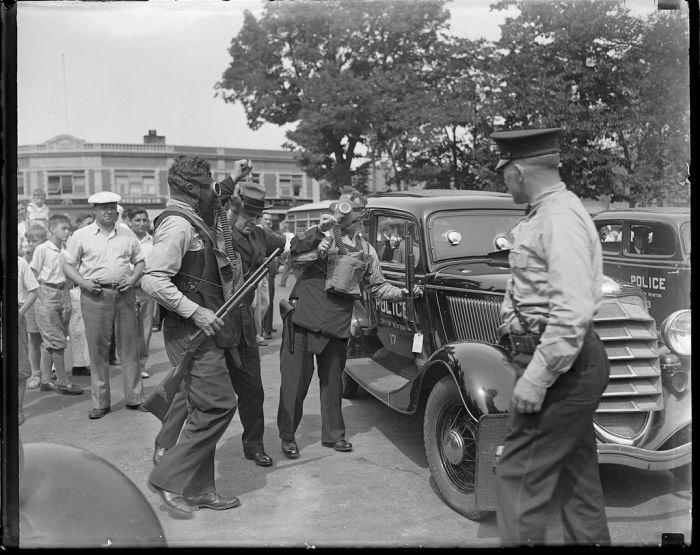 boston-police-photos-from-the-1930s-31.jpg
