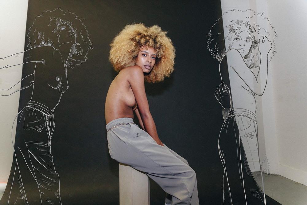 Автопортреты и девушки на снимках Марины Чой