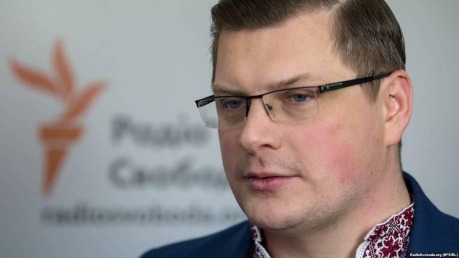 Украина будет добиваться санкций за потерянное в Крыму оборудования для вещания – Костинский