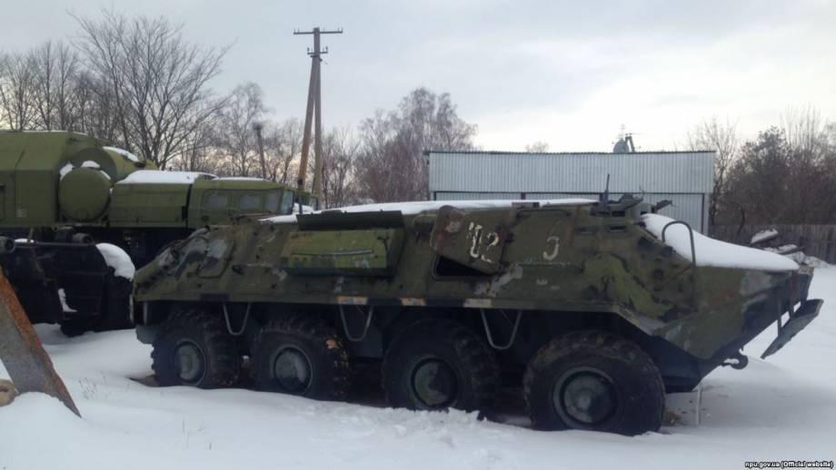 Полиция обнаружила 200 единиц специальной военной техники, которую хотели продать на Житомирщине