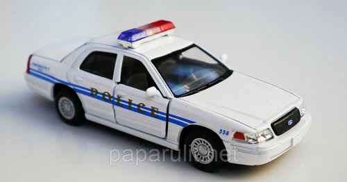 Kinsmart Ford Crown Victoria Police Interceptor