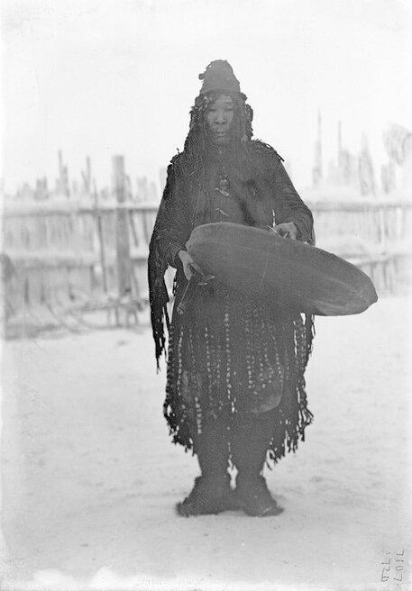Portrait of a Yukaghir shaman, Siberia, 1902. Photo by Waldemar Jochelson