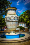 Греческая ваза на евпаторийской набережной