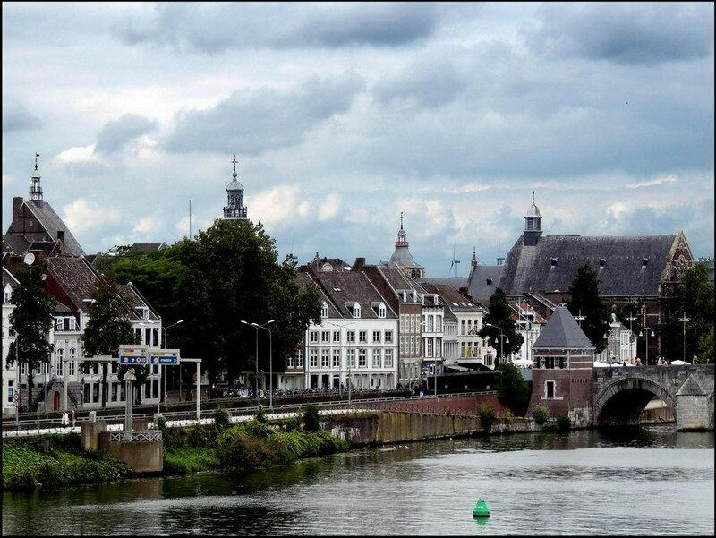 Maastricht 7445 Maasboulevard