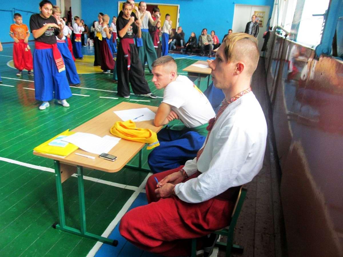 Квалификационный групповой экзамен в школе боевого гопака города Нетешин (Хмельницкая область) (17)