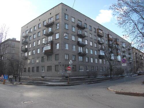 ул. Пинегина 23