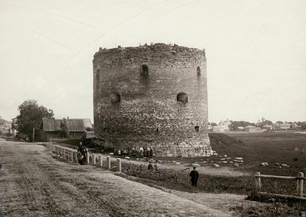 Белая башня, оборонительная башня в Великом Новгороде. 1880